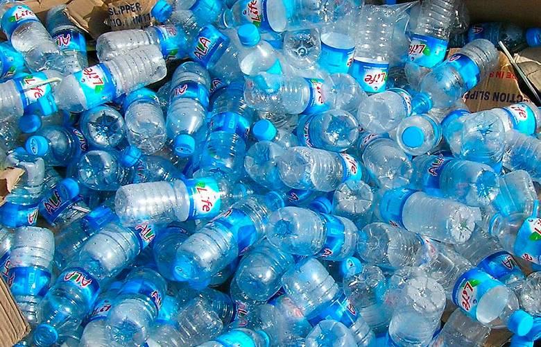 Nueva tecnología capaz de eliminar plásticos del agua