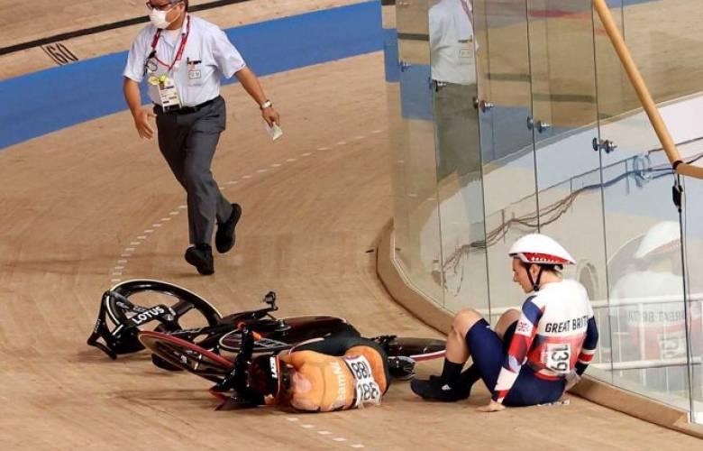 Ciclista es hospitalizada luego de fuerte caída en los juegos olímpicos